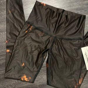 teeki Pants - NWT Teeki Buffalo Princess Yoga Printed Legging XS